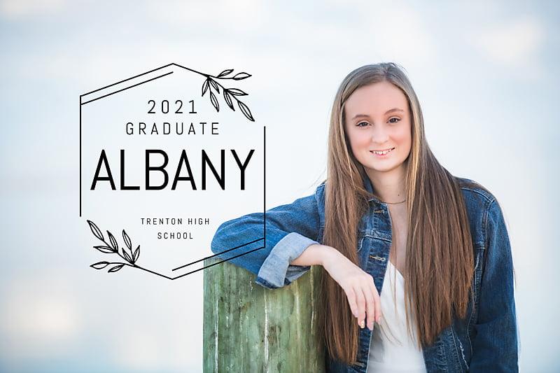 High school senior photo taken by Lisa Rowland Photography in Trenton, Florida